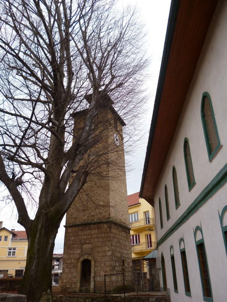 Часовая башня у мечети Хаджи Али-бега. Фото: Елена Арсениевич, CC BY-SA 3.0