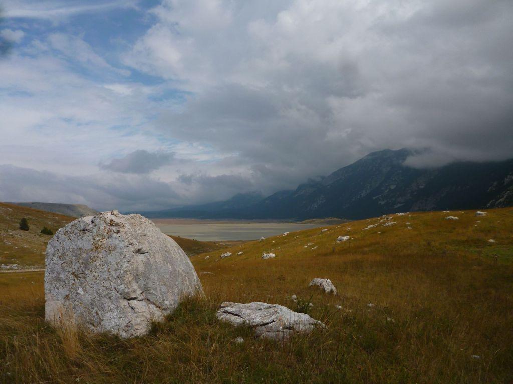 На заднем плане озеро Блидинье. Фото: Елена Арсениевич, CC BY-SA 3.0