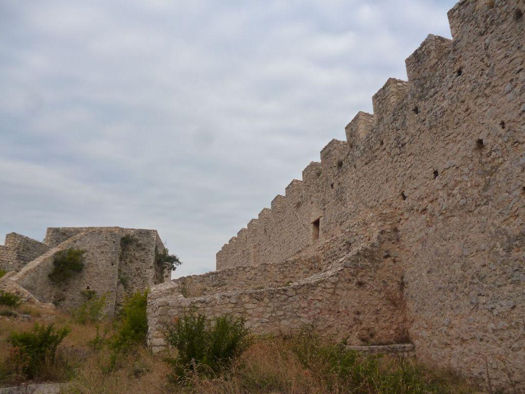 Отреставрированная стена. Фото: Елена Арсениевич, CC BY-SA 3.0