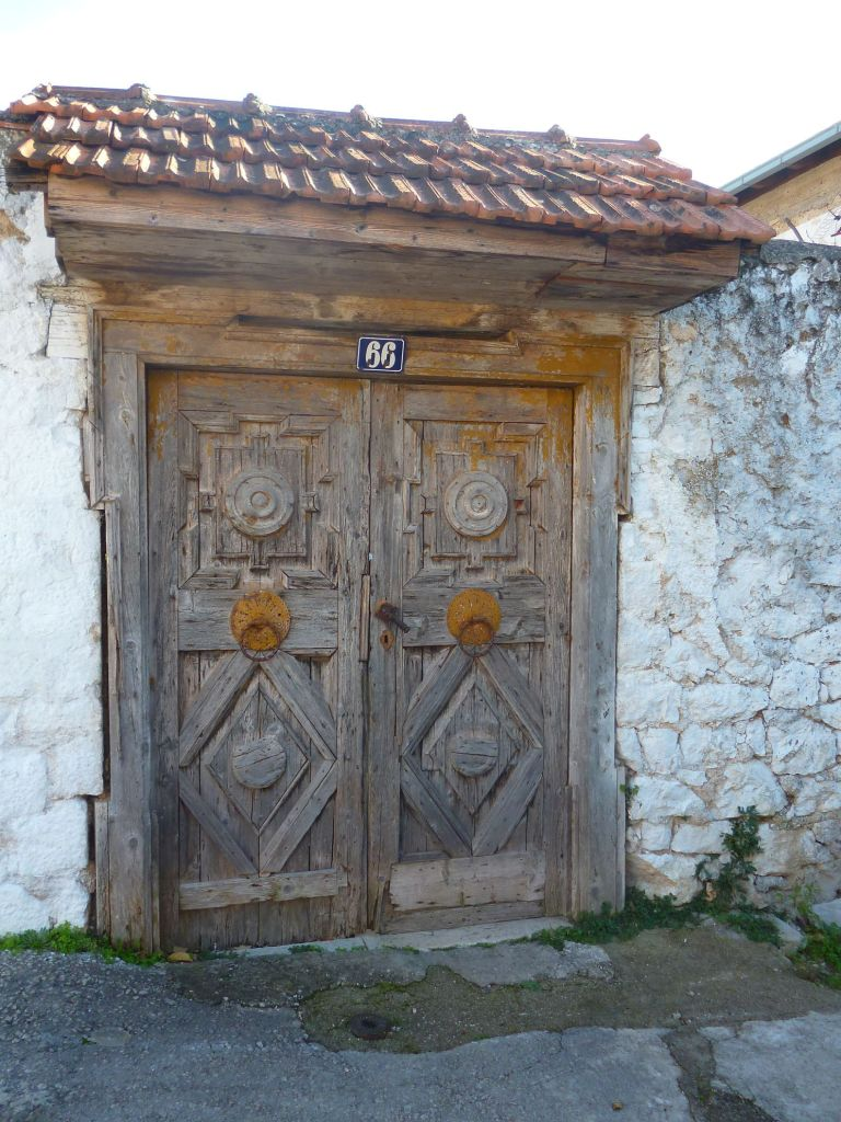 Двери в Столаце. Фото: Елена Арсениевич, CC BY-SA 3.0
