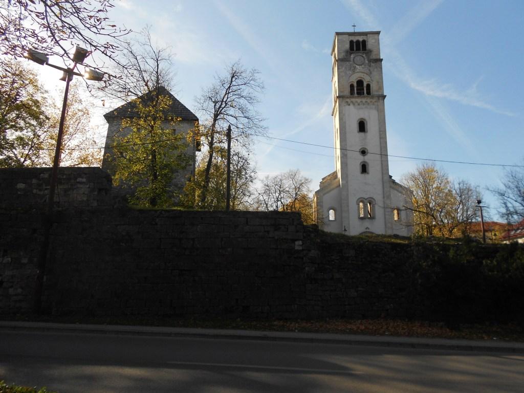 Колокольня и Капетанова башня. Фото: Елена Арсениевич, CC BY-SA 3.0