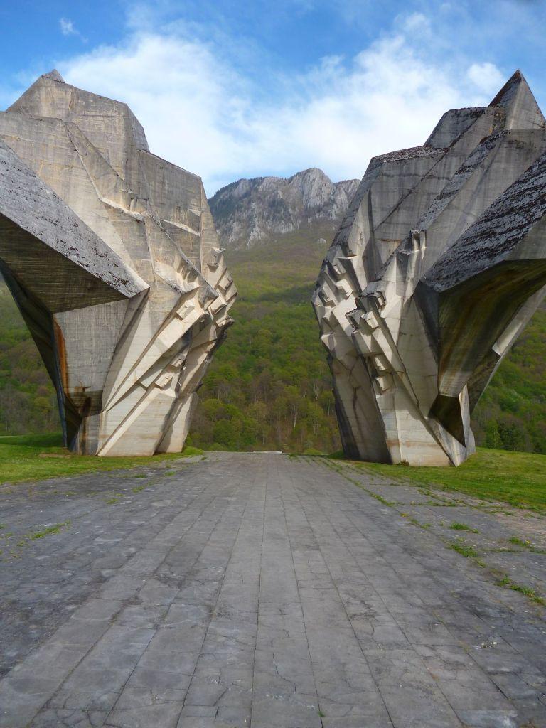 Памятник павшим партизанам. Фото: Елена Арсениевич, CC BY-SA 3.0