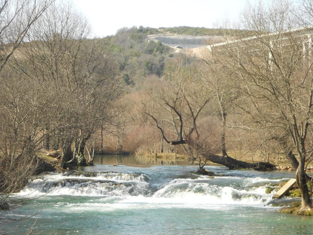 Небольшой водопад на Требижате. Фото: Елена Арсениевич, CC BY-SA 3.0