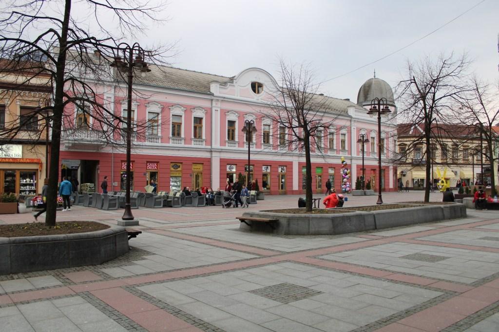 Площадь Молодёжи в Брчко. Фото: Елена Арсениевич, CC BY-SA 3.0