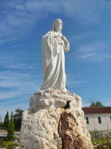 Скульптура «Святейшее Сердце Иисуса». Фото: Елена Арсениевич, CC BY-SA 3.0