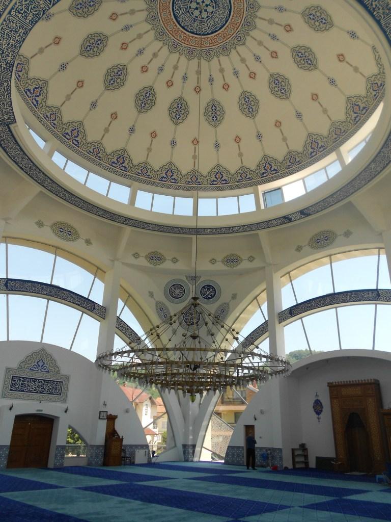 Интерьер мечети в Маглае. Фото: Елена Арсениевич, CC BY-SA 3.0