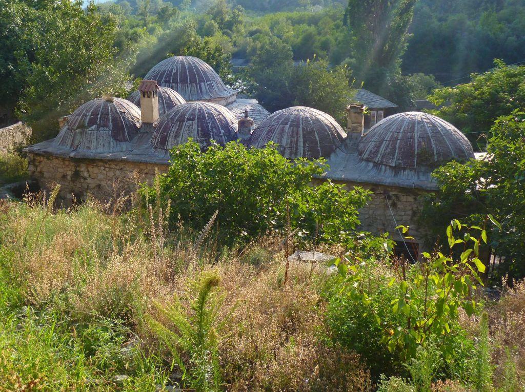 Все шесть куполов. Фото: Елена Арсениевич, CC BY-SA 3.0