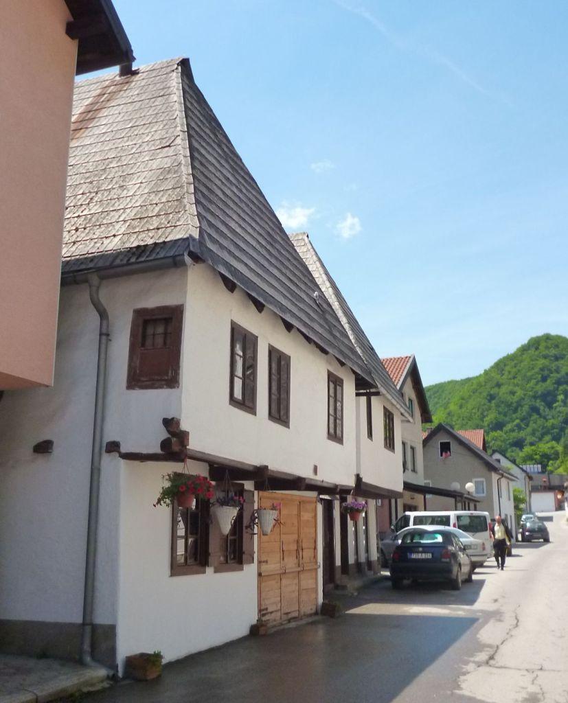 Традиционные боснийские дома в Крешево. Фото: Елена Арсениевич, CC BY-SA 3.0