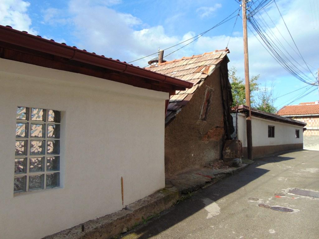 Старый-старый дом. Фото: Елена Арсениевич, CC BY-SA 3.0