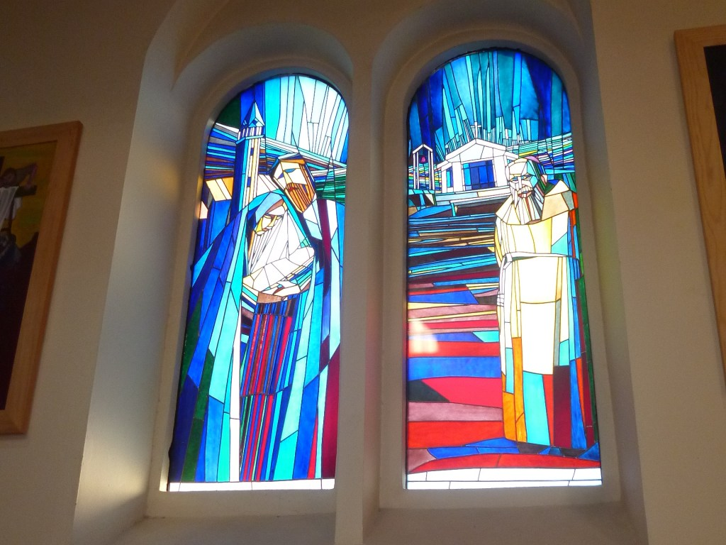 Витражи в церкви св. Франциска. Фото: Елена Арсениевич, CC BY-SA 3.0