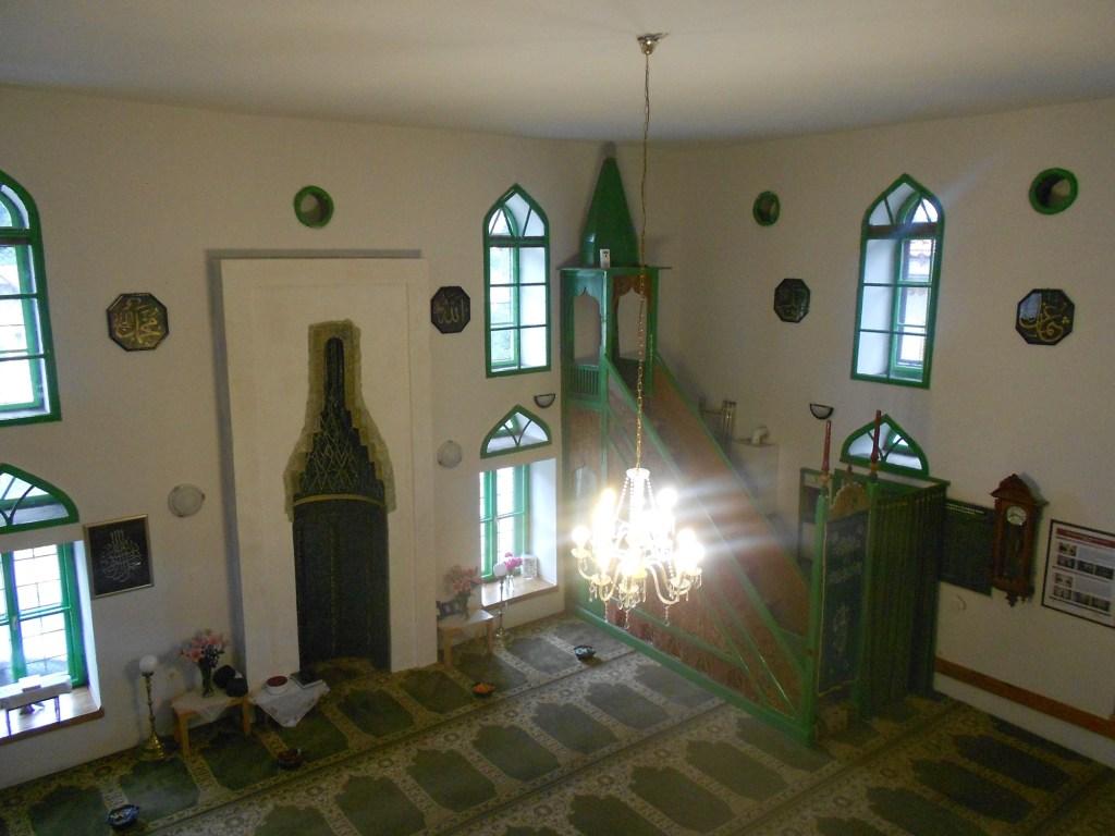 Интерьер Мишчиной мечети. Фото: Елена Арсениевич, CC BY-SA 3.0