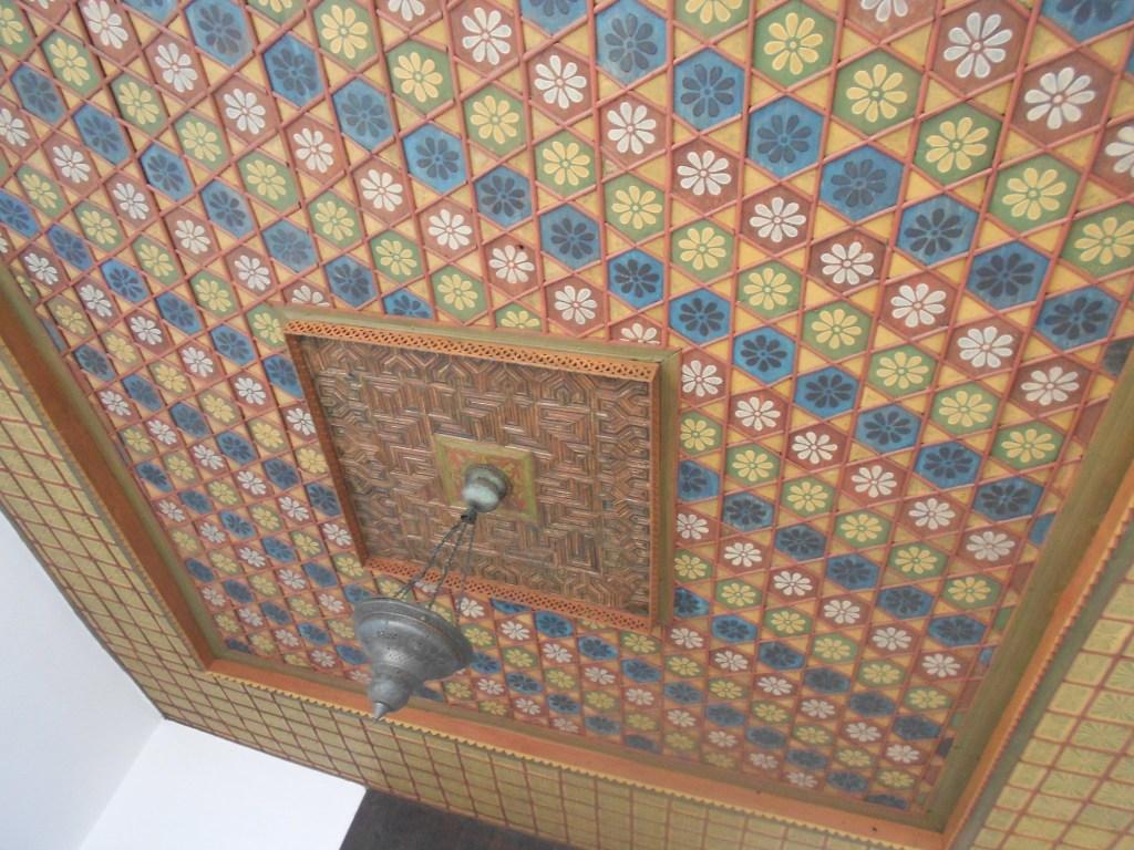 Декоративный потолок. Фото: Елена Арсениевич, CC BY-SA 3.0