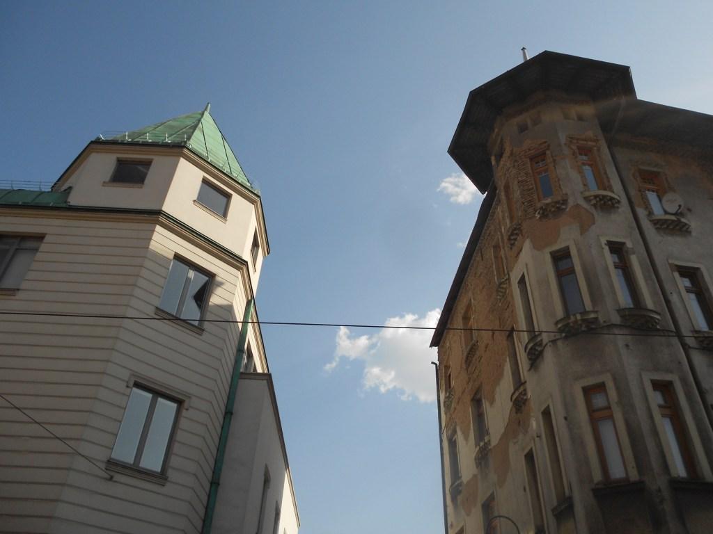 Здания на северном конце улицы. Фото: Елена Арсениевич, CC BY-SA 3.0