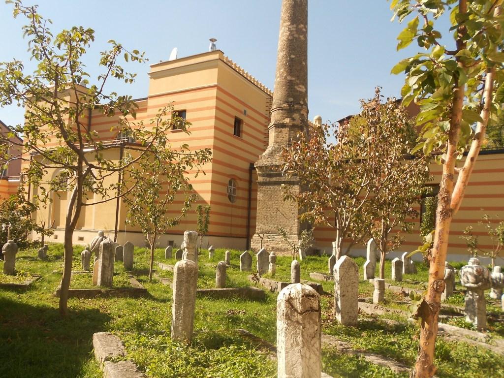 Вид из двора Императорской мечети. Фото: Елена Арсениевич, CC BY-SA 3.0