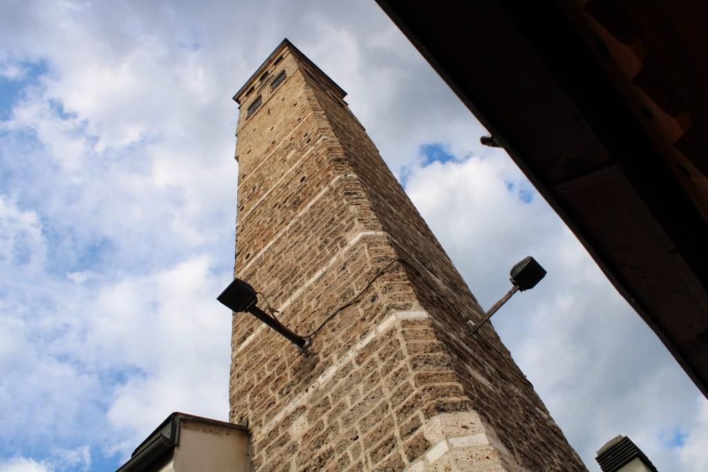 Сахат кула или часовая башня. Фото: Елена Арсениевич, CC BY-SA 3.0
