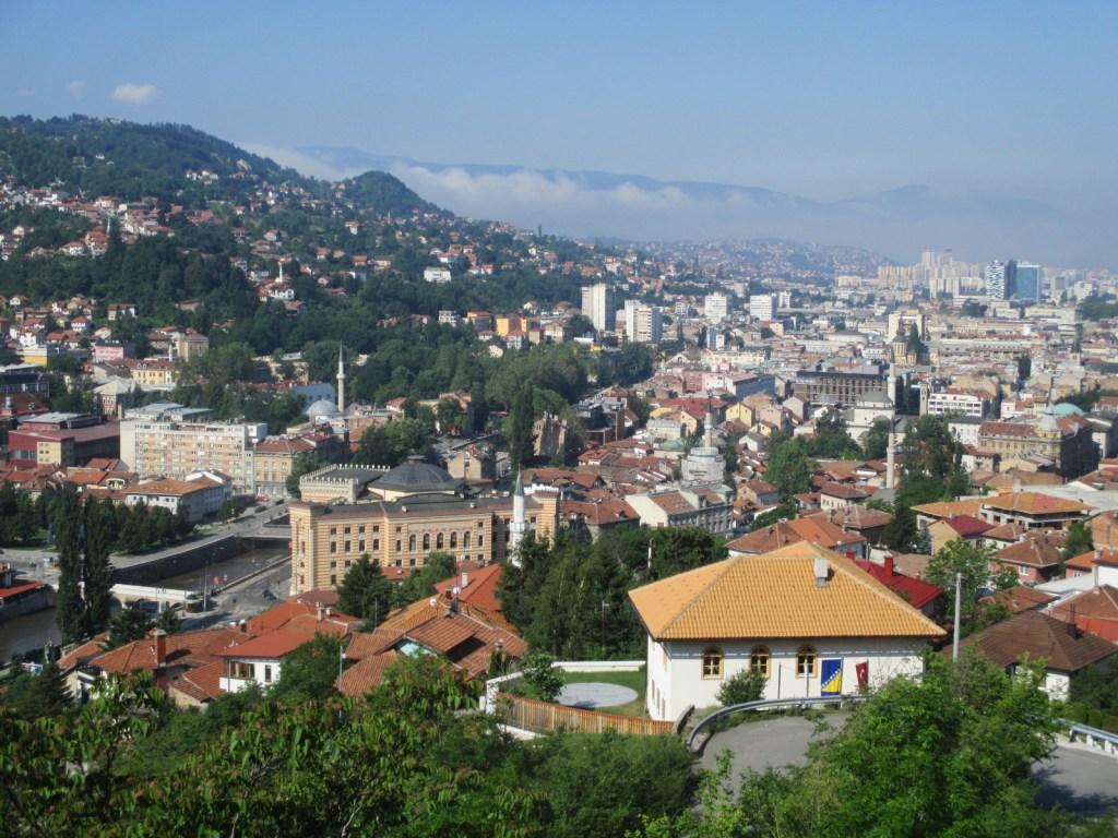 Вид на Сараево с бастиона. Фото: Елена Арсениевич, CC BY-SA 3.0