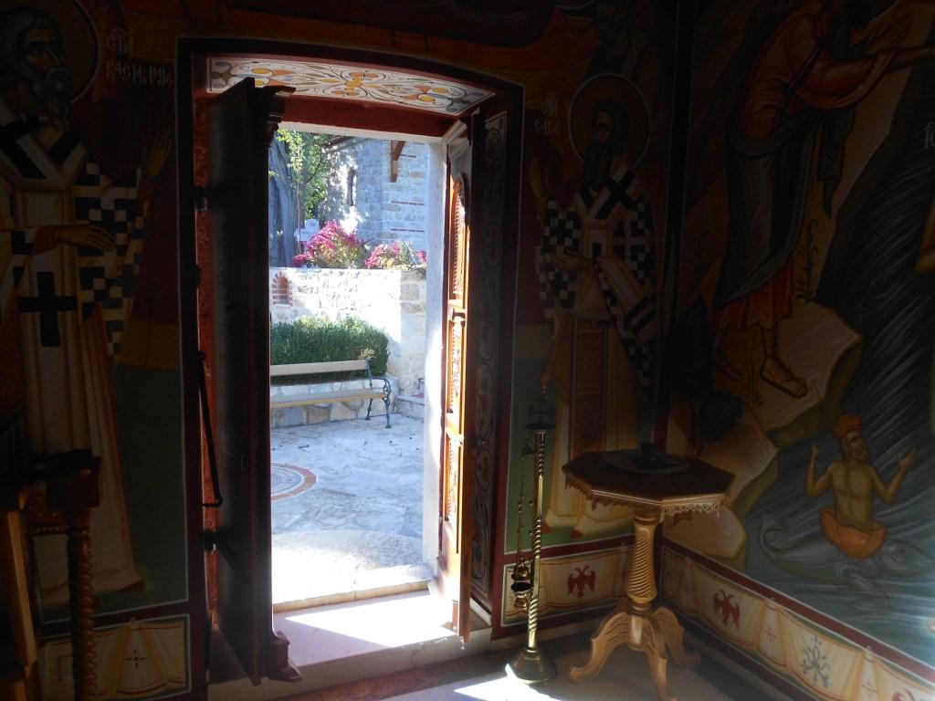 Двери. Фото: Елена Арсениевич, CC BY-SA 3.0