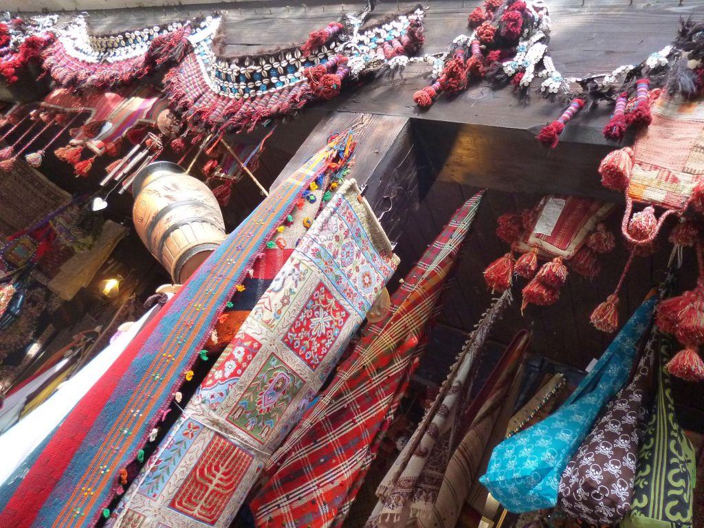 Восточный рынок во дворе Морича хана. Фото: Елена Арсениевич, CC BY-SA 3.0