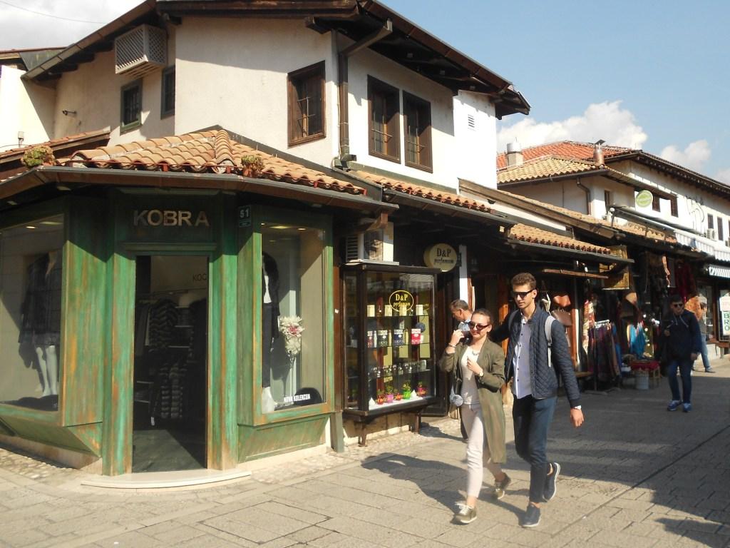 Магазинчики на Сарачи. Фото: Елена Арсениевич, CC BY-SA 3.0