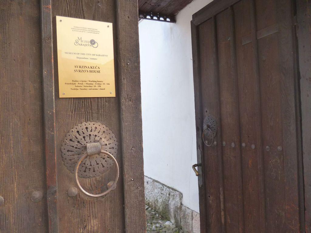 Вход в дом Сврзо. Фото: Елена Арсениевич, CC BY-SA 3.0