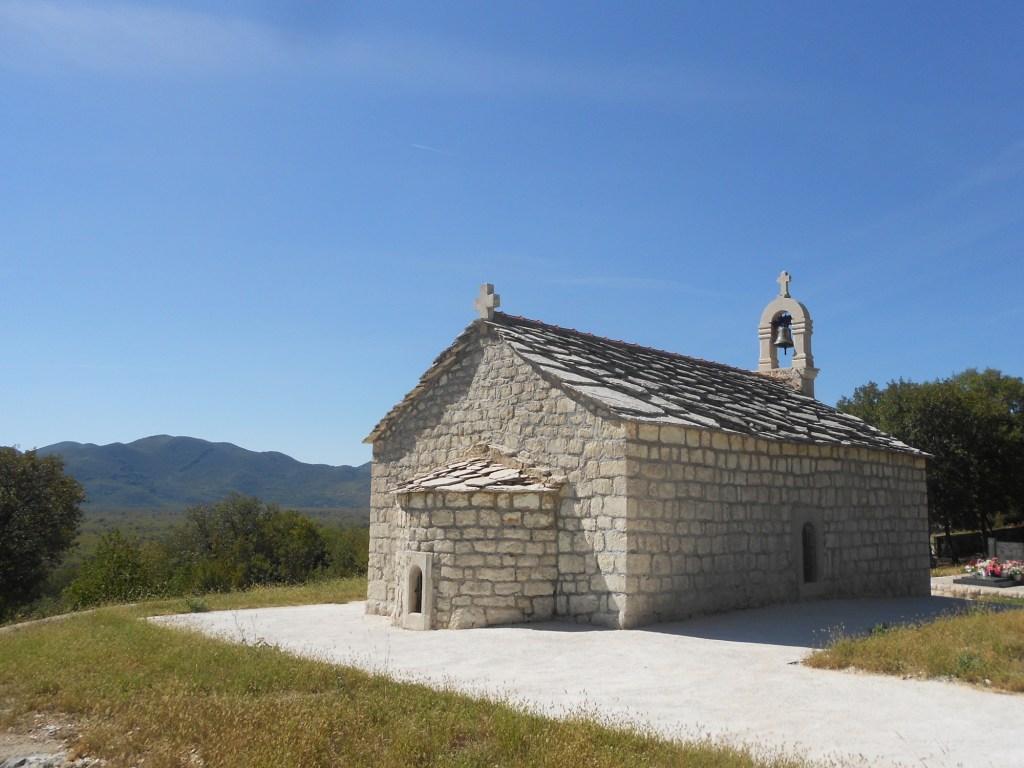 Церковь в Жаково. Фото: Елена Арсениевич, CC BY-SA 3.0