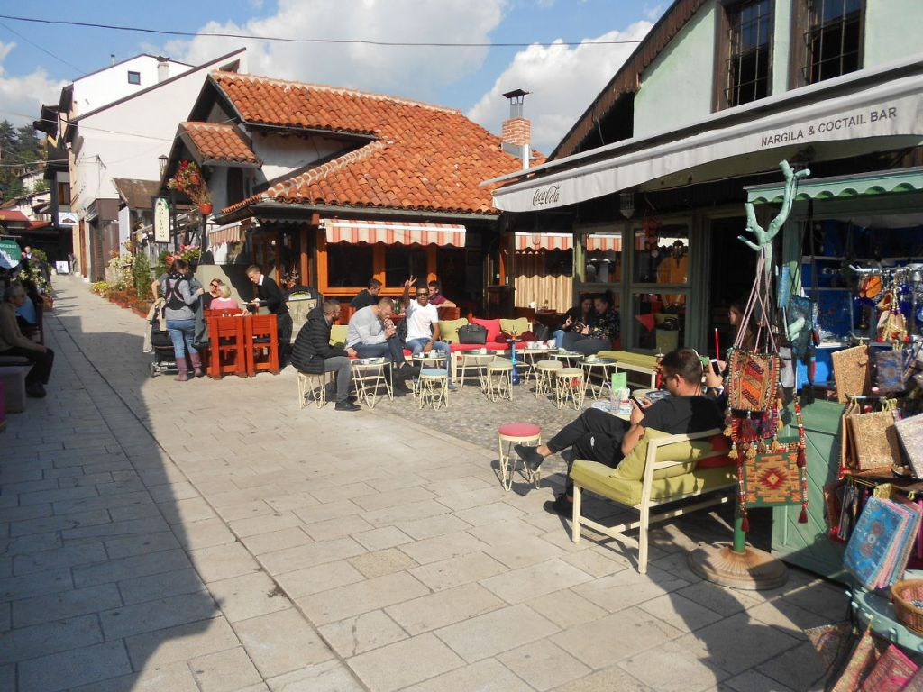 Улица Проте Баковича на Башчаршии. Фото: Елена Арсениевич, CC BY-SA 3.0