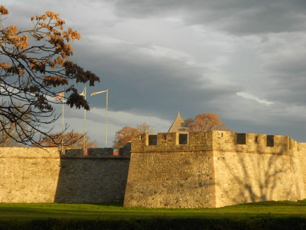 Крепость Кастел. Фото: Елена Арсениевич, CC BY-SA 3.0