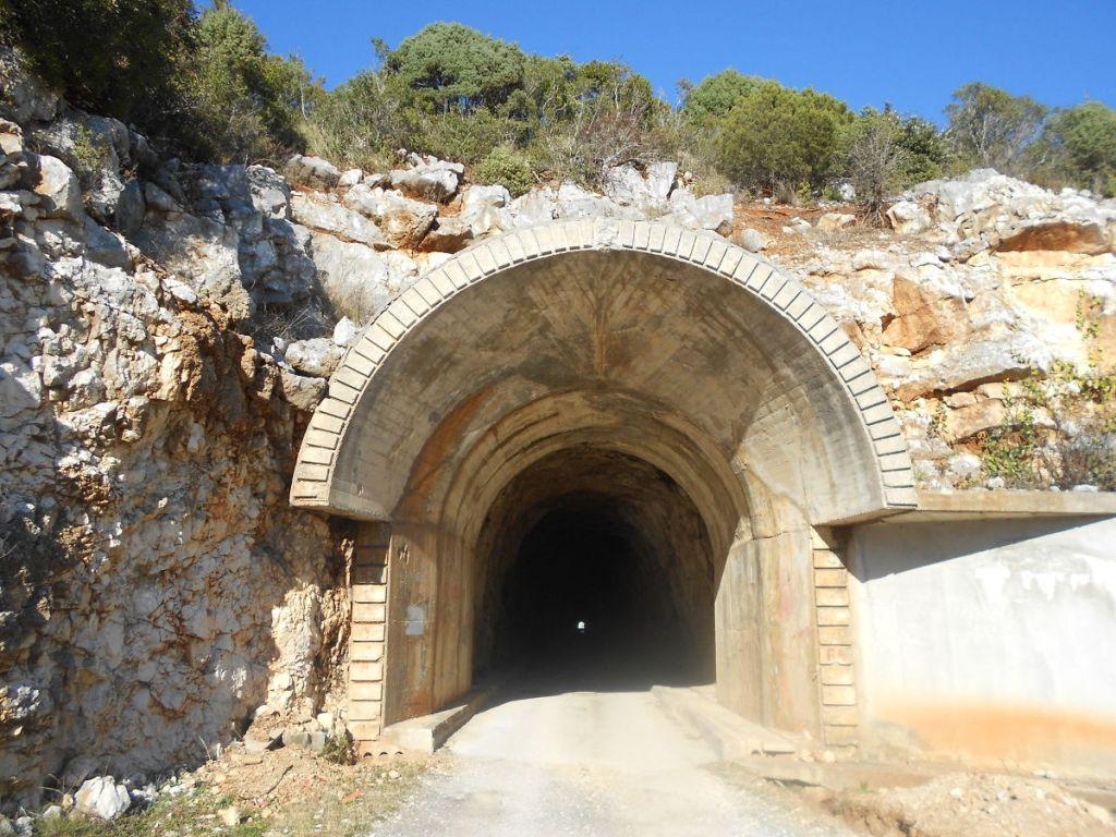 Вход в туннель. Фото: Елена Арсениевич, CC BY-SA 3.0