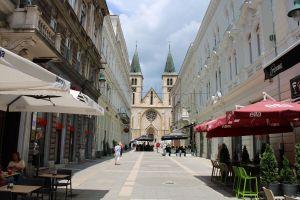 Штросмайерова улица и кафедральный собор. Фото: Елена Арсениевич, CC BY-SA 3.0