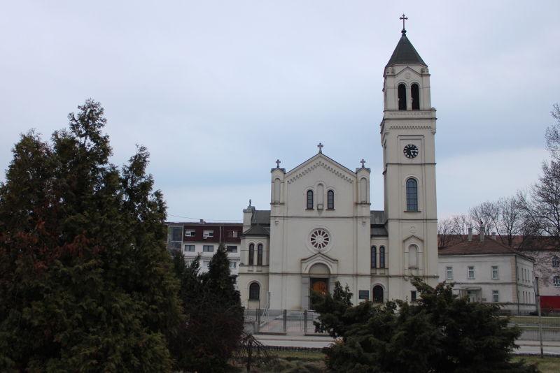 Католическая церковь в Брчко. Фото: Елена Арсениевич, CC BY-SA 3.0