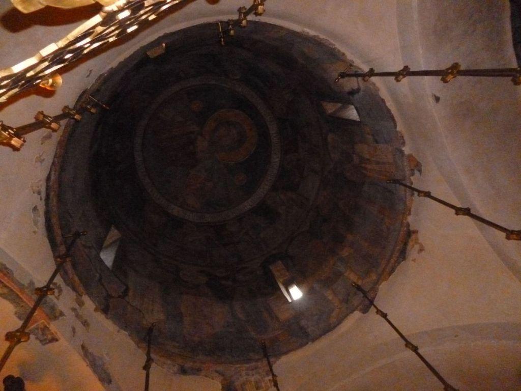 Купол с фресками 16-го века. Фото: Елена Арсениевич, CC BY-SA 3.0
