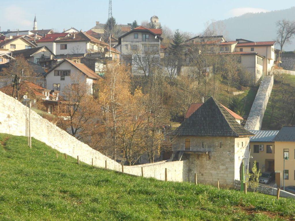 Стена между Плоче и Широкацем. Фото: Елена Арсениевич, CC BY-SA 3.0
