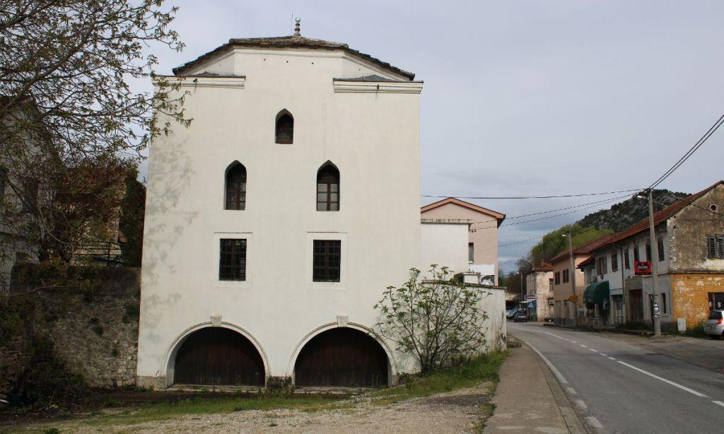 Мечеть Али-бега Капетановича. Фото: Елена Арсениевич, CC BY-SA 3.0