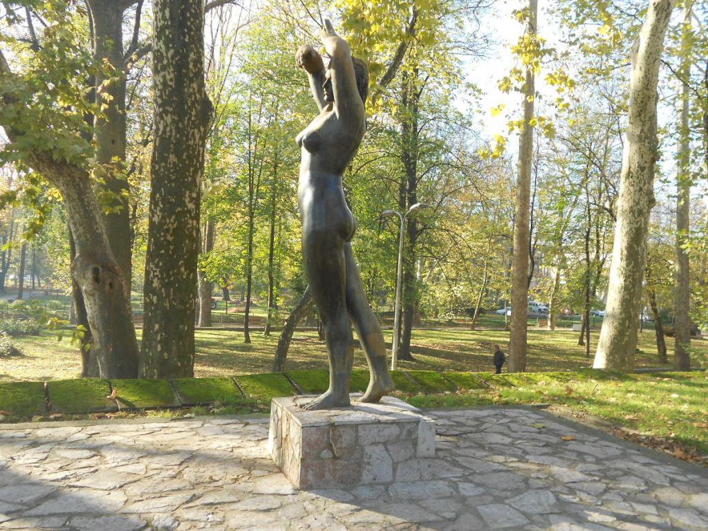 Скульптура «Девушка с Уны». Фото: Елена Арсениевич, CC BY-SA 3.0