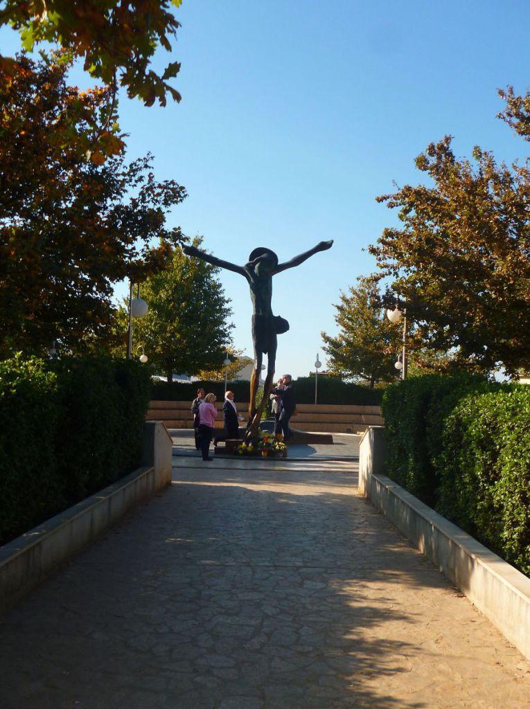Статуя Воскресшего Спасителя. Фото: Елена Арсениевич, CC BY-SA 3.0