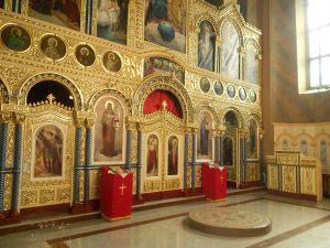 Церковь св. Георгия в Билече. Иконостас и царские врата. Фото: Елена Арсениевич, CC BY-SA 3.0