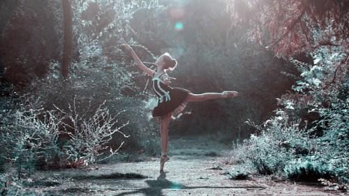 ballet-pose-ダンスと美女