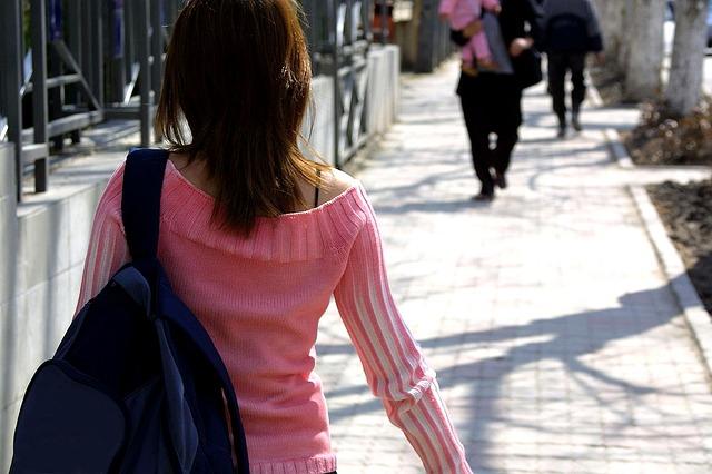お疲れ女子ための疲労対策サプリメント、持ち運びも便利