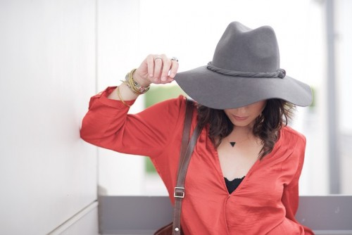 ちょっとした外出にも帽子と日焼け止めで紫外線対策が効果的