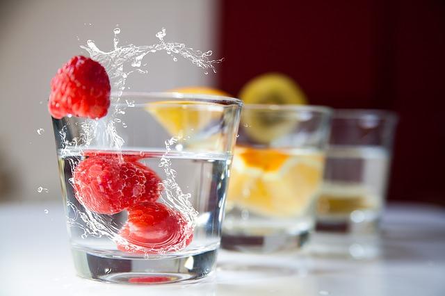 食事で摂取しにくい葉酸はサプリで補助的に摂る
