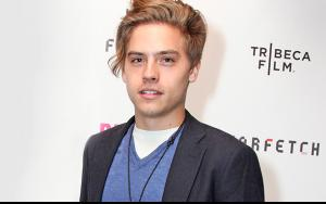 Cute Jughead Hat Pictures For Wallpaper Cole Sprouse Married Net Worth Photography Dylan