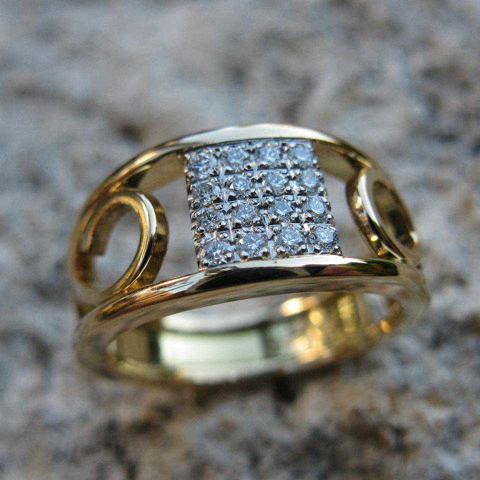 Bague Arabesque Pave de diamants