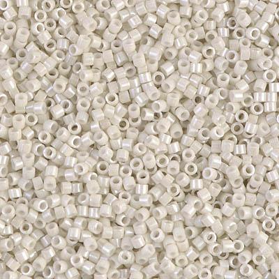 DB0211 - Perles Miyuki Delicas en vente à partir de 1 gramme. Miyuki beads retail pack from 1 gram