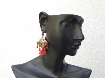 Boucle d'oreille dormeuse bouquet de fleurs