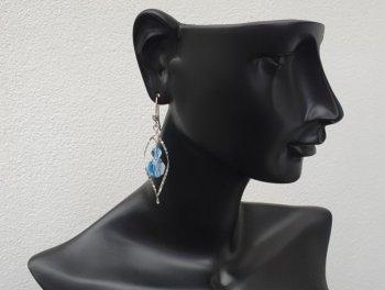 Boucle d'oreille crochet hélice aquamarine