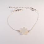 bracelet argente trefle nacre blanc (Copier)