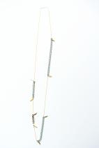 sautoir dore epis gris et plumes (Copier)