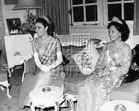 HIM Shahbanou (Empress) Farah of Iran on an official visit to Malaysia Miss Farah Diba . HIM Shahbanou (Empress) Farah of Iran 1967-1979 Empress Farah Pahlavi 1979- ©IIA / TopFoto/ The Image Works