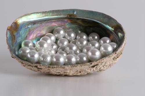 Перли – характеристика | Бижутерия онлайн - Енциклопедия на минералите,зодии,свойства,лечебни,свойства ,значение,бижута,находища,камък,астрология