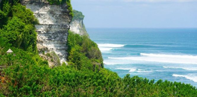 Bali VIIVIIV 806x400 - TOP 10 MOST BEAUTIFUL AND BEST ISLAND IN ASIA